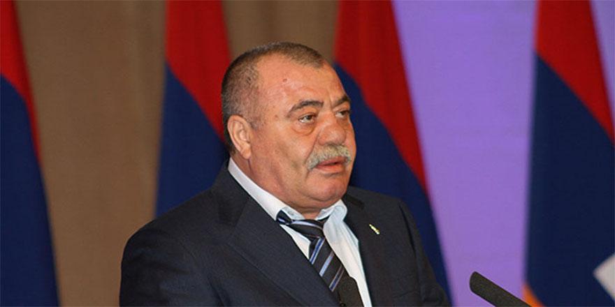 Ermeni tümgeneral hırsızlıktan gözaltına alındı