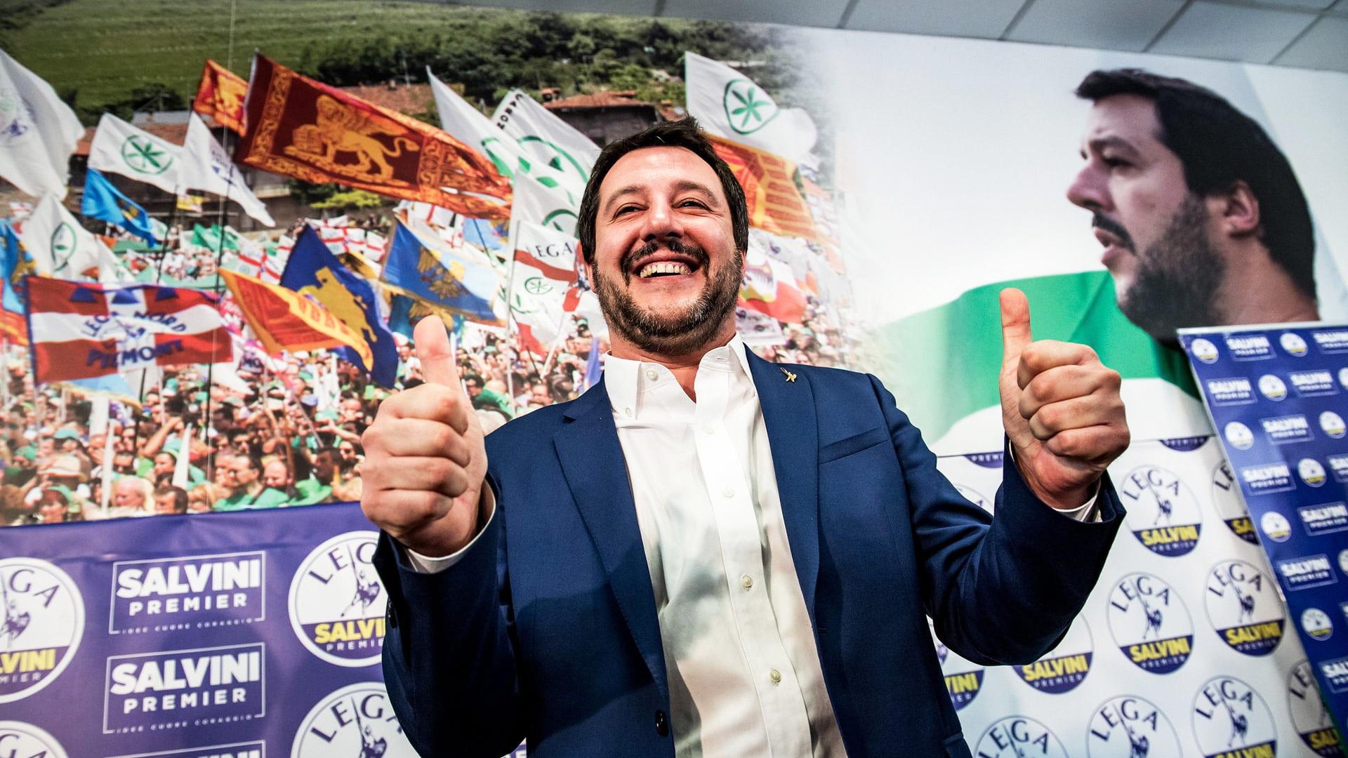 İtalya'da 'Baskının Figürü'nden' Göçmenlere Yaptırım