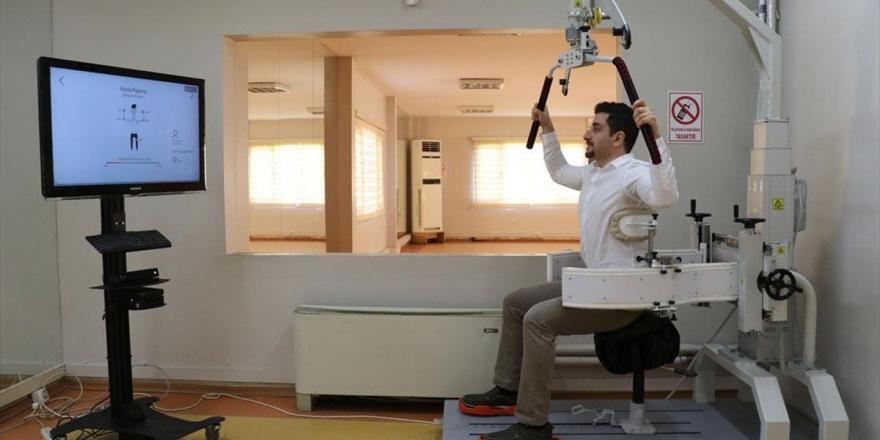 Skolyoz Hastaları İçin Yerli Fizik Tedavi Cihazı Geliştirildi