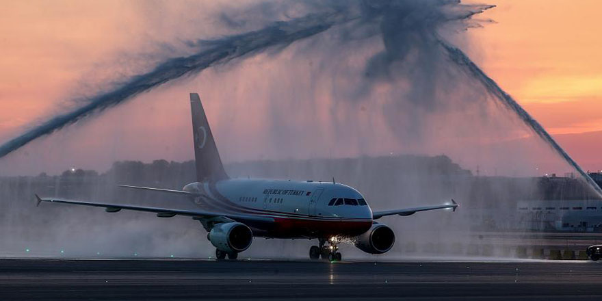 İstanbul Yeni Havalimanı'na ilk inişi Erdoğan'ın uçağı yaptı