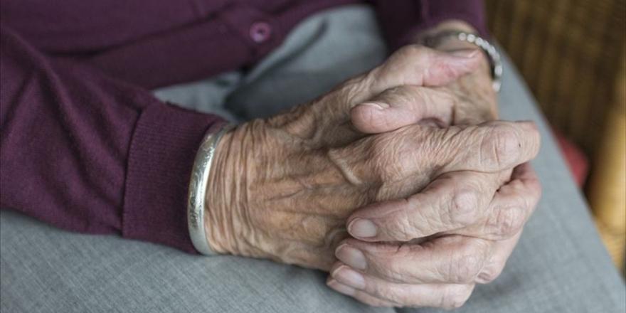 Türkiye Psikiyatri Derneğinden Yaşlılar İçin Ruh Sağlığını Koruma Rehberi