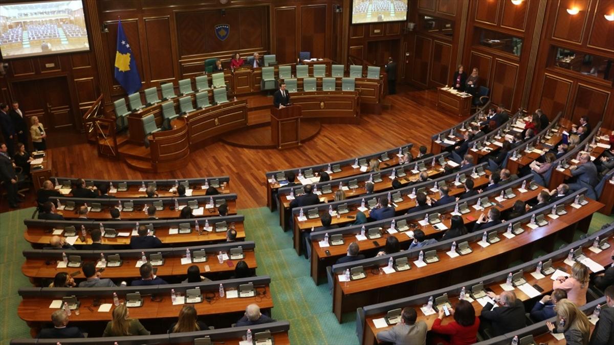 Kosova'da Koalisyon Hükümeti Düştü