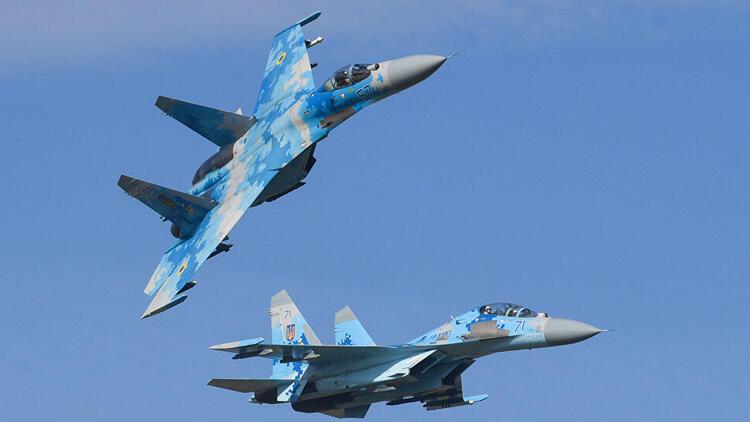 Rus yapımı Su-27 savaş uçağı Karadeniz'de düştü
