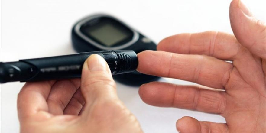 Uzmanından 'Diyabet Hastaları Kendilerini Daha Fazla İzole Etmeli' Uyarısı