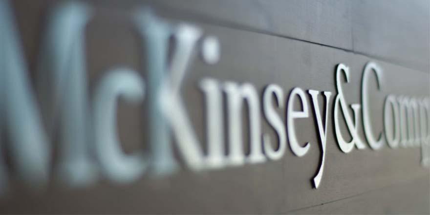 """Berat Onur yazdı: McKinsey'i """"Kayyum"""" sanmak"""