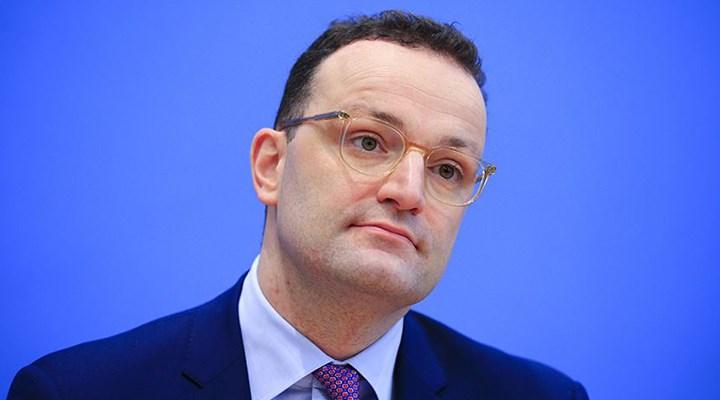 Almanya Sağlık Bakanı Spahn: Hayatın normale dönmesi çok uzak