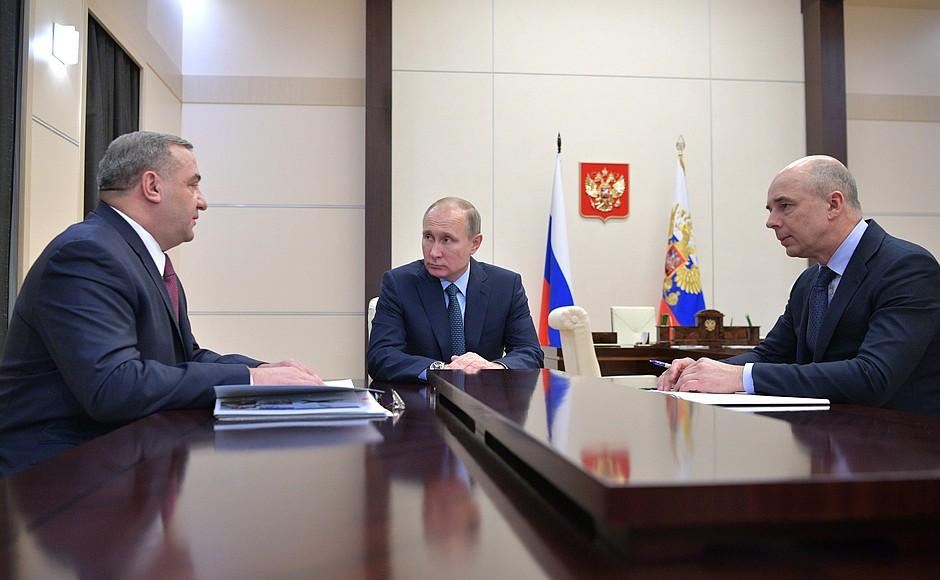 Rusya: 'Dolar Hesaplarınızı Rubleye Çevirmek Zorunda Kalmayacaksınız'