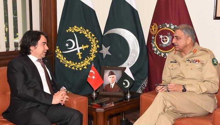 Türk Büyükelçi, Pakistan Genelkurmay Başkanı ile Görüştü: Askeri İşbirliği Kapıda