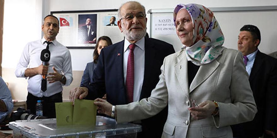 Gerçek aşk: Temel Karamollaoğlu'nun sandığından kendisine 2 oy çıktı