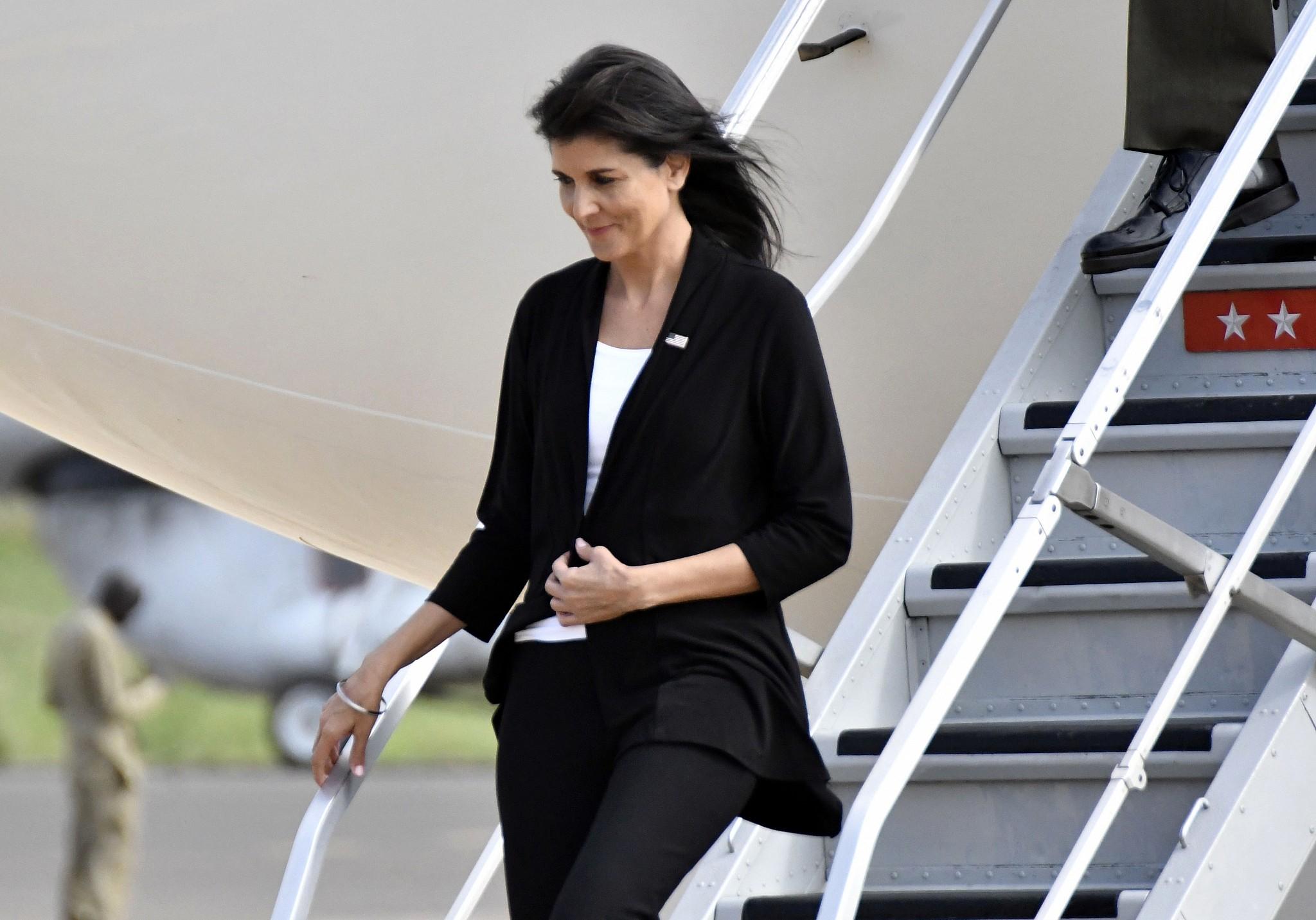 Karşılıksız Lüks Uçuşlar,BM ABD Büyükelçisi Nikki Haley'i İstifa Ettirdi