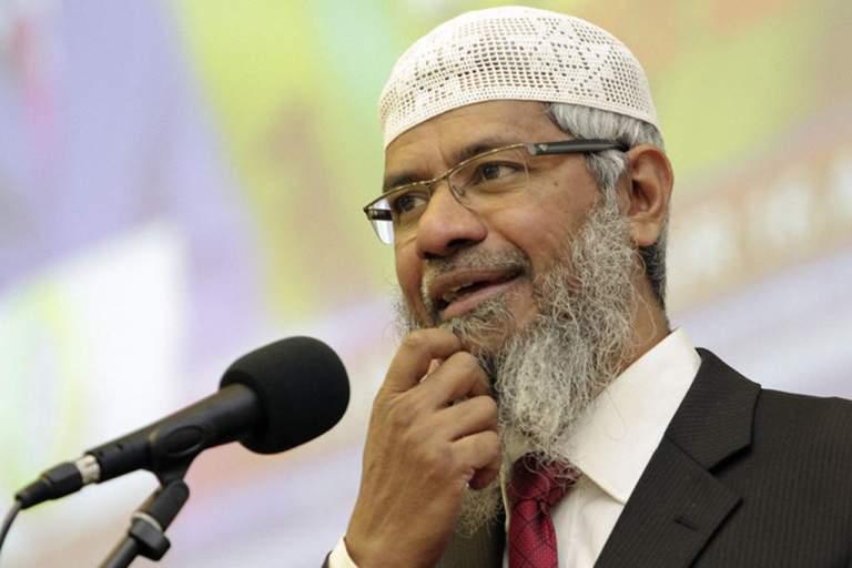 Yasadışı İslam Televizyoncusu Zakir Naik Mahkemede