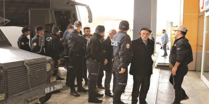 Koruculardan sonra PKK'lı muhtarlar mercek altında