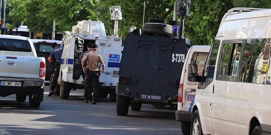 Polis Memuru Atakan Arslan'ın Şehit Edildiği Silahlı Saldırıyla İlgili 2 Şüpheli Yakalandı