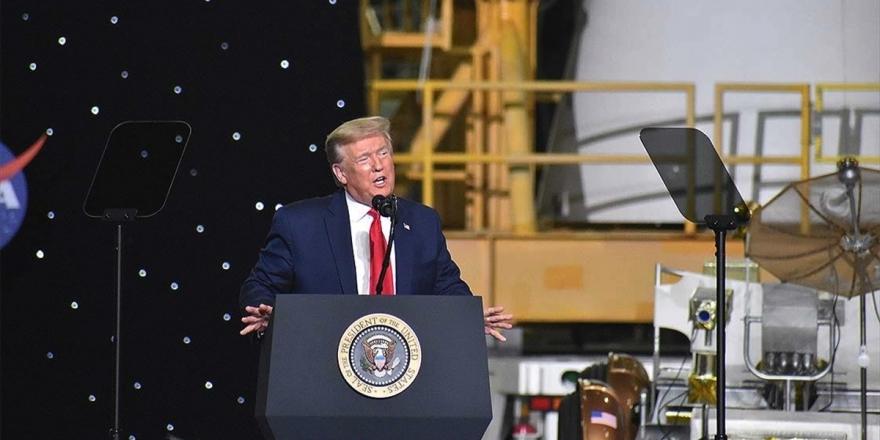 Trump'tan Siyahi Floyd'un Ölümüne İlişkin 'Bu Asla Olmamalıydı' Yorumu
