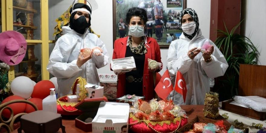 Sığınmacılar Kovid-19 İle Mücadele İçin Maske Ve Sabun Üretiyor