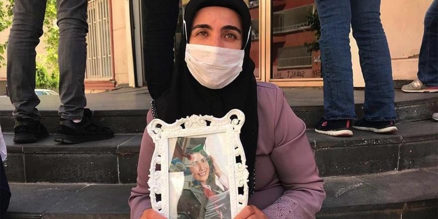 Diyarbakır Annelerinden Mutlu: Kızımı Almadan Gitmeyeceğim