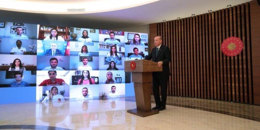 Erdoğan gençlerle buluştu: En çok vergi yükünü sigaraya yüklüyoruz