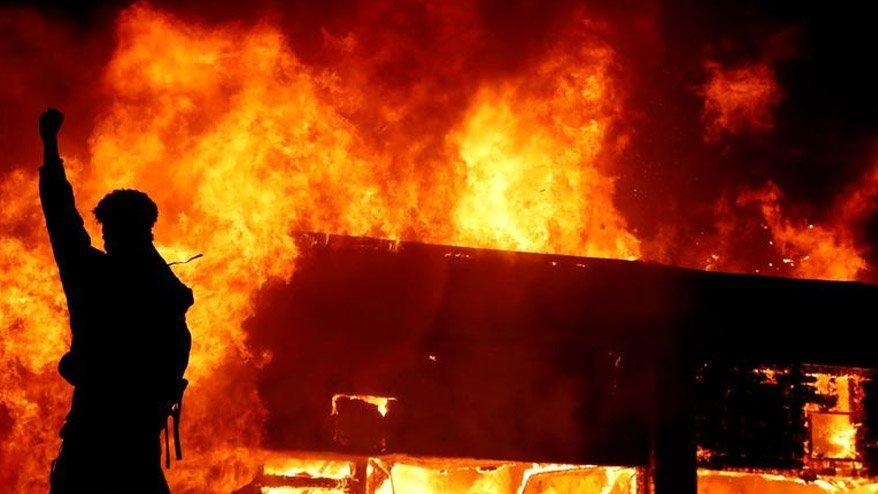 ABD'de sokaklar yangın yeri! Protestolar büyüyor