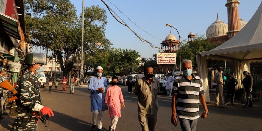 Hindistan'da Kovid-19 Vaka Sayısı 190 Bini Aştı