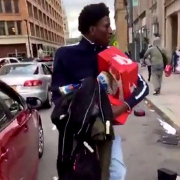ABD'de mağazalar yağmalanmaya devam ediyor