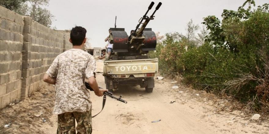Libya Ordusu İle Hafter Milisleri Arasında Başkentin Güneyinde Şiddetli Çatışmalar Yaşanıyor