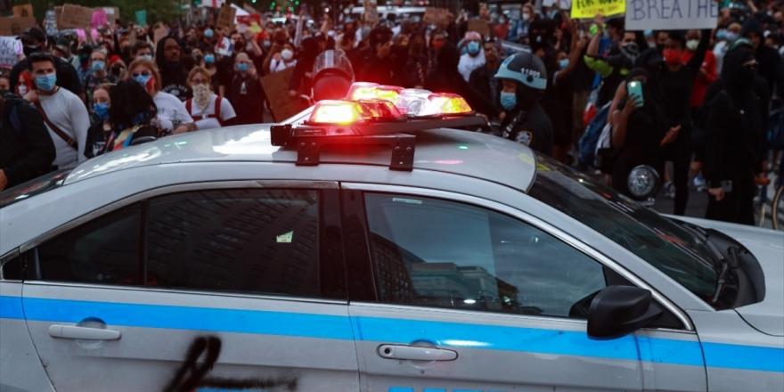 Floyd İçin Yapılan Protesto Gösterilerinin Kovid-19 Vakalarını Artırmasından Endişe Ediliyor