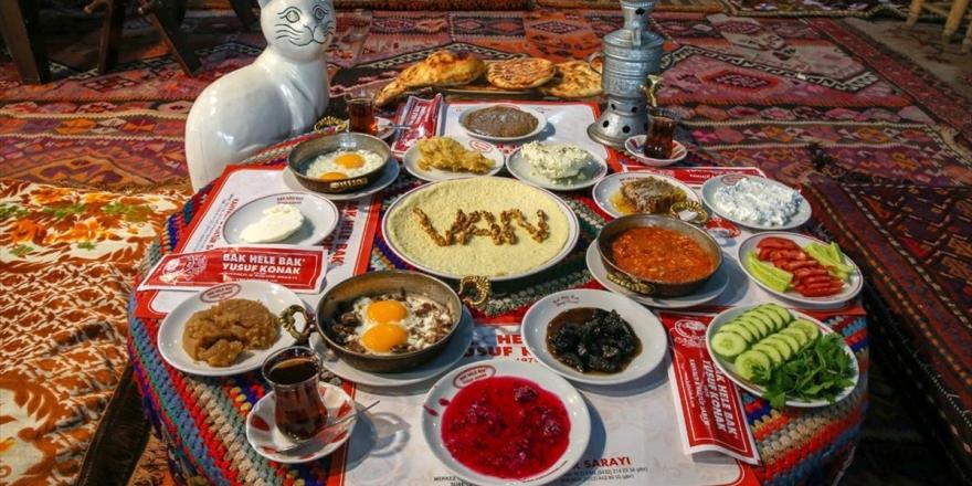 'Kahvaltının Başkenti' Van'da 'Dünya Kahvaltı Günü' Hazırlığı