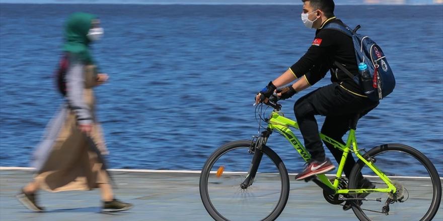 Sosyal Mesafe İçin Toplu Taşıma Yerine Bisiklet Kullanılması Önerisi