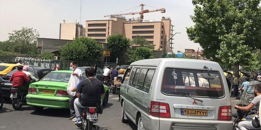 İran'da Kovid-19 Kaynaklı Can Kaybı 8 Bin 71'e Yükseldi