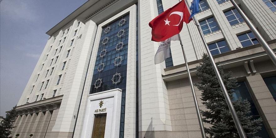 AK Parti, Cumhurbaşkanlığı Hükümet Sistemi Seçim Mevzuatı Uyum Komisyonu Kurdu