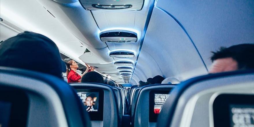 Uçakta Salgından Uzak Yolculuk İçin Uzman Tavsiyeleri