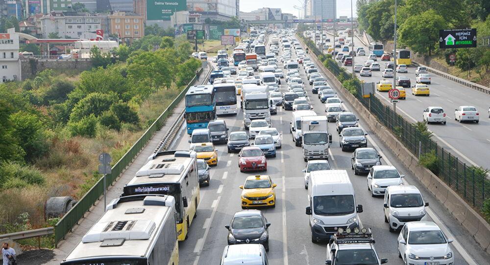 İBB Bilim Kurulu'ndan İstanbul Valiliği'ne öneri: Toplu taşıma araçlarına özel şerit ayrılsın