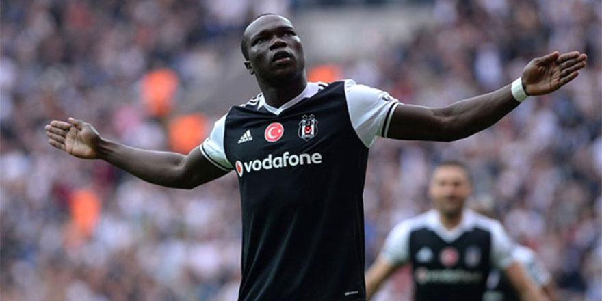 Aboubakar 1 yıl daha Beşiktaş'ta