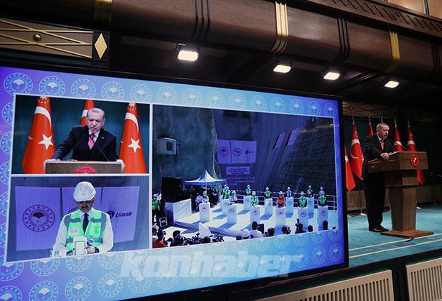 Erdoğan: Maske, mesafe, temizlik kurallarına uygun şekilde hayatı hızla her alanda normal ritmine kavuşturuyoruz