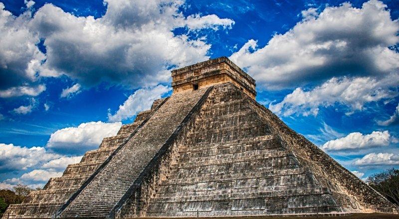 ARKEOLOGLAR GÜNEY MEKSİKA'DA LAZER TARAYICILAR YARDIMIYLA MAYA UYGARLIĞINA AİT EN BÜYÜK VE EN ESKİ ANIT ALANINI KEŞFETTİ