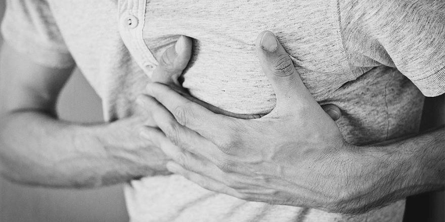 Uzmanından 'Her Ağrı Kalp Krizi Veya Kovid-19 Ağrısı Değildir' Uyarısı