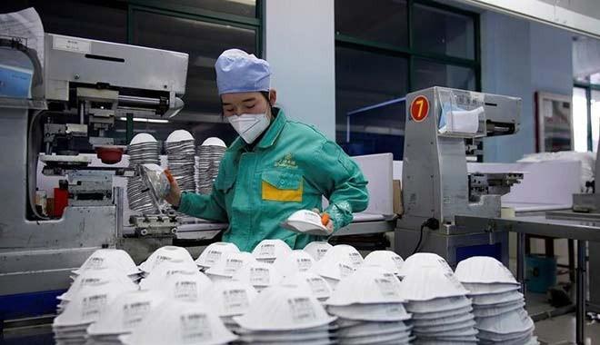 Fransız şirketlerinin ürettikleri milyonlarca maske ellerinde kaldı