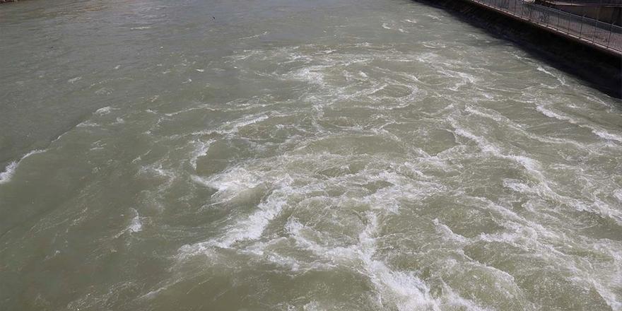 Uzundere Barajı Ekonomiye 1 Milyar Liranın Üzerinde Gelir Sağlayacak