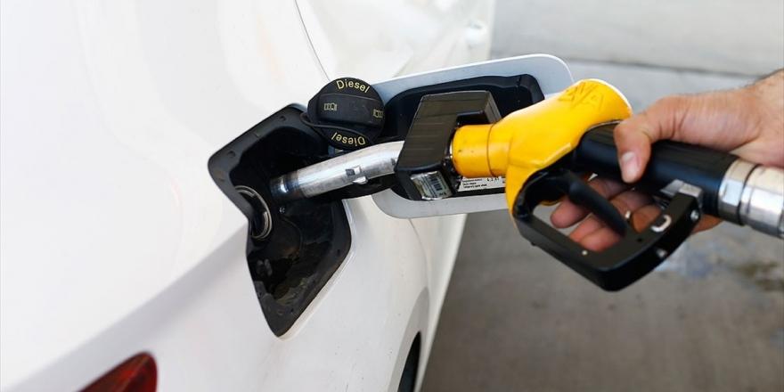 Petder: Petrol Fiyatlarındaki Artışın Pompa Fiyatlarına Da Yansıması Bekleniyor