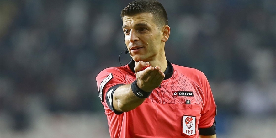 Süper Lig'de 27. Hafta Maçlarının Hakemleri Belli Oldu