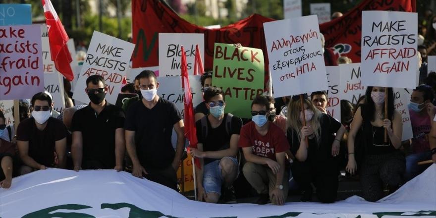 Yunanistan'da George Floyd İçin Gösteri Düzenlendi