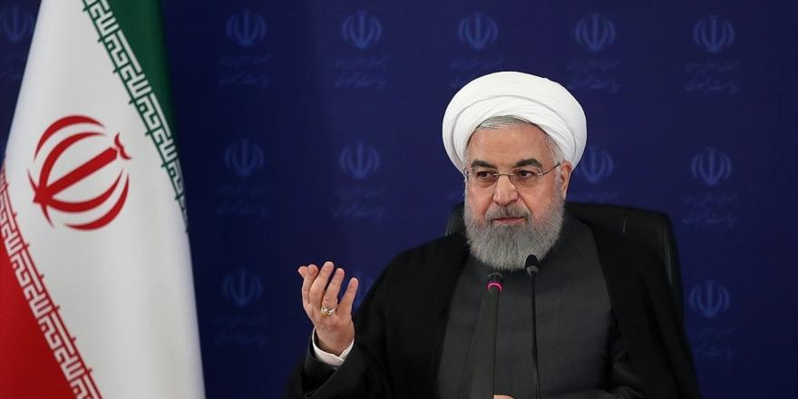 İran Cumhurbaşkanı Ruhani: Abd Yaptırımları Nedeniyle İran'ın Geliri Her Yıl 50 Milyar Dolar Azaldı