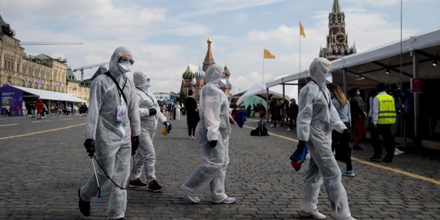 Rusya'da Kovid-19 Vaka Sayısı Yarım Milyonu Geçti