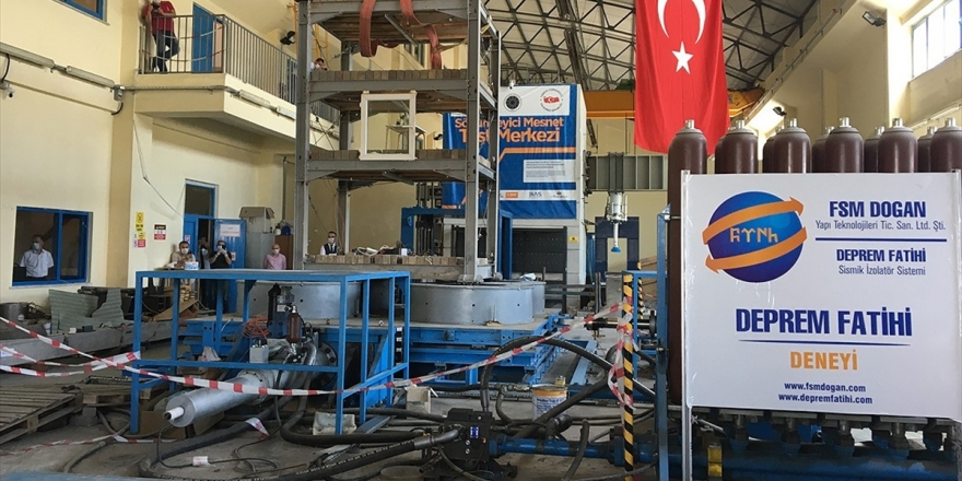 Patentli Ve Tescilli Sismik İzolatör 'Deprem Fatihi' Test Edildi