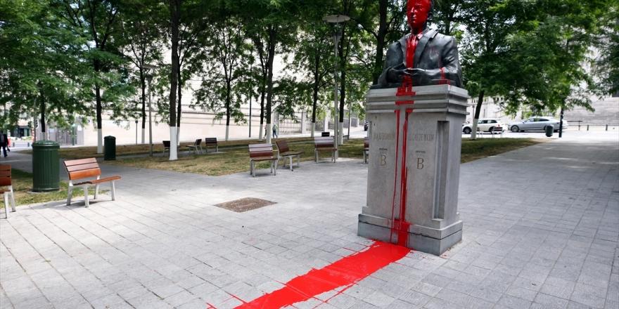 Brüksel'de Sömürgeci Geçmişi Hatırlatan Heykellere Saldırılar Sürüyor
