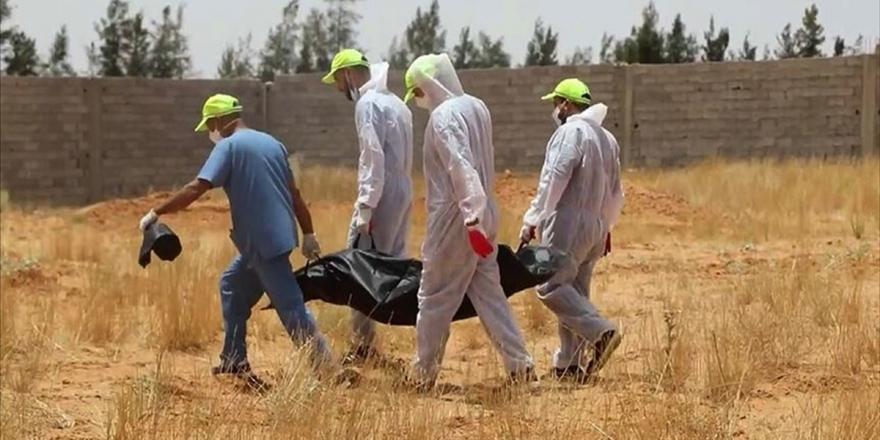 Libya'da Hafter Milislerinden Kurtarılan Terhune'de Yeni Toplu Mezarlar Bulundu