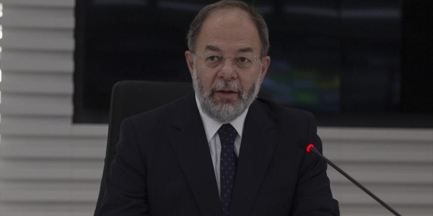 Eski Sağlık Bakanı Akdağ: Salgınla Mücadele Türkiye'de İyi Yönetildi