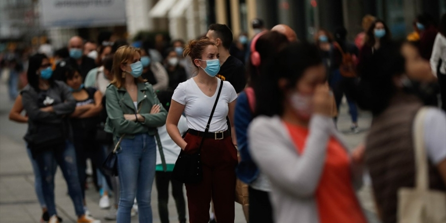 Dünya Genelinde Kovid-19 Tespit Edilen Kişi Sayısı 7 Milyon 742 Bini Geçti