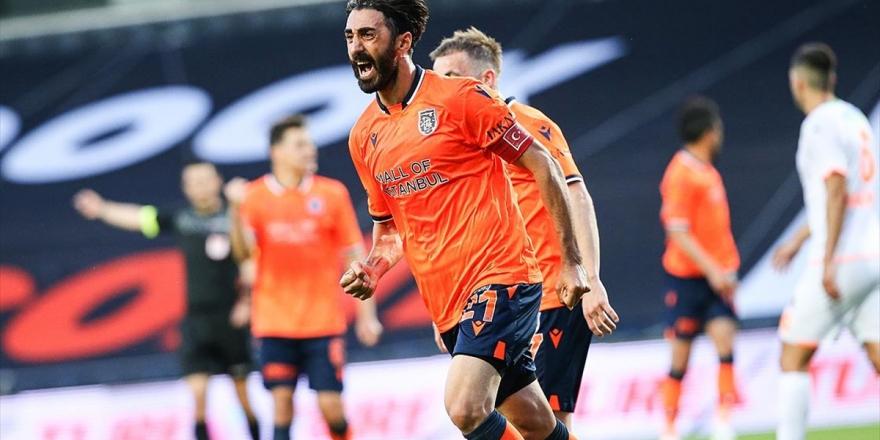 Medipol Başakşehir Evinde Aytemiz Alanyaspor'u 2-0 Yendi