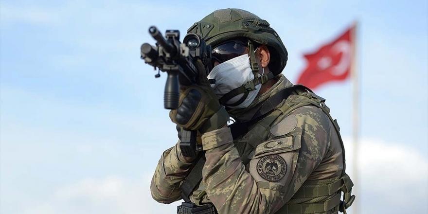 MSB: Barış Pınarı Bölgesine Sızma Girişiminde Bulunan 3 Terörist Etkisiz Hale Getirildi